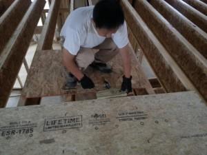 安装二楼楼板
